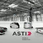 foto de ASTI Robotics con sus robots en una fabrica