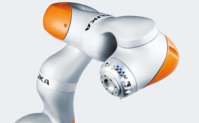 imagen de cobot o robot colaborativo de la empresa de robótica Kuka