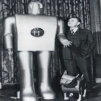 El primer robot de la historia es el robot humanoide Elektro y el el origen de los robots