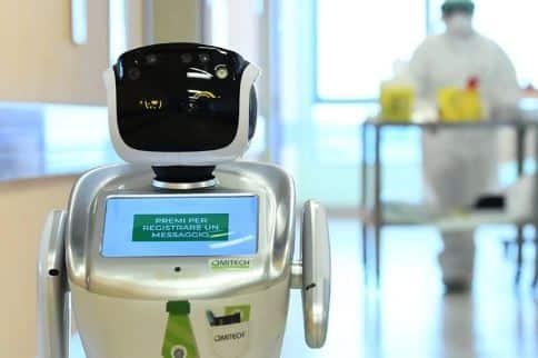 Robot Tommy en italia coronavirus