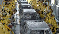 Comprar e Instalar línea de montaje con robots industriales en Cáceres y automatización del final de línea para packaging