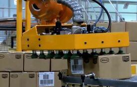 automatizar con brazos robóticos final de línea y líneas de montaje de productos alimenticios