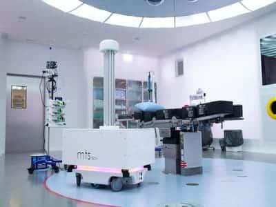 robot de desinfección de MiR