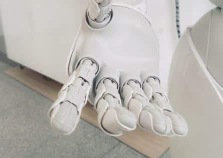 Mano robótica industrial de MSU