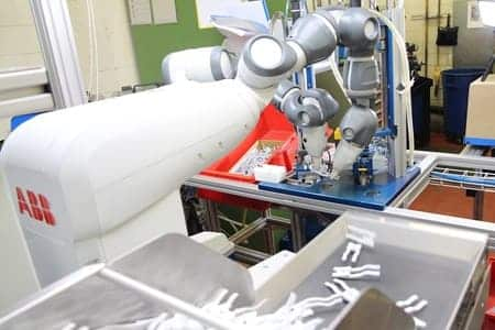 El robot Yumi de ABB mejora la producción de HAWA