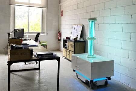 El robot MTS uvc es expuesto en el Museu de Disseny de Barcelona