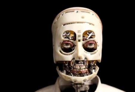 La mirada aterradora del robot de Disney