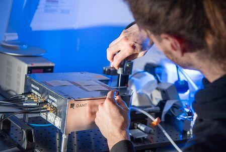 Trumpf y Sick investigan el primer sensor cuántico industrial del mundo