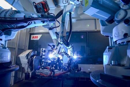 ABB integra en Katcon 27 celdas de soldadura robotizada FlexArc