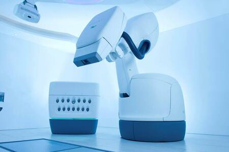 El sistema CyberKnife con tecnología de KUKA se expande en el mercado