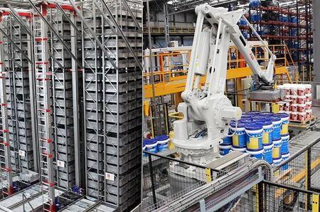 ULMA duplica la capacidad del almacén logístico de Sinteplast