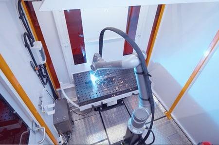 OMRON y AWL-Techniek diseñan una celda de soldadura con tecnología robótica colaborativa
