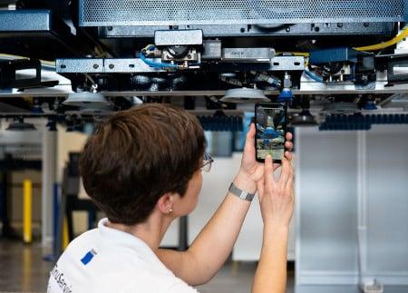 TRUMPF presenta aplicación con IA para crear pedidos desde una foto