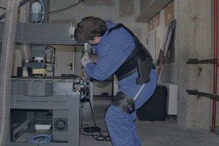 Descubre los exoesqueletos industriales de Cyber Human Systems