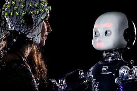 El IIT investiga qué sucede cuando un humano y un robot se miran a los ojos