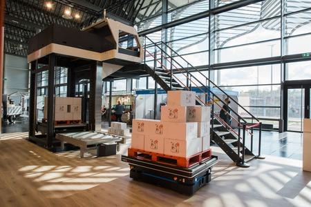 MiR y CSi palletising se asocian para optimizar la logística de las empresas